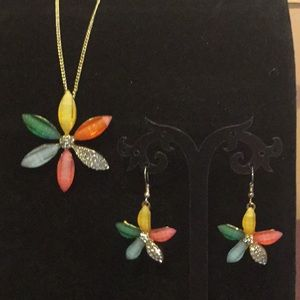 Colorful necklace and earrings set